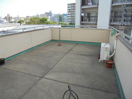 屋上防水改修工事(施工前)