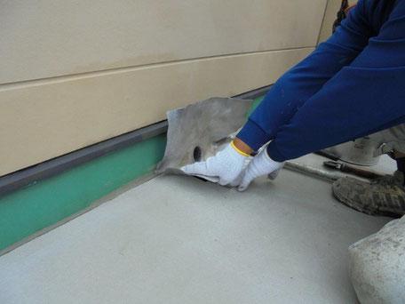 屋上防水改修工事(改修用鉛ドレンの設置)