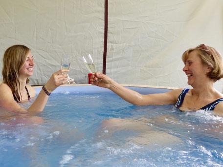 Ferienhaus mit Pool, Urlaub MV, Jacuzzi