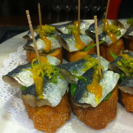 Pinchos tapas leuk om te maken heerlijk om te eten