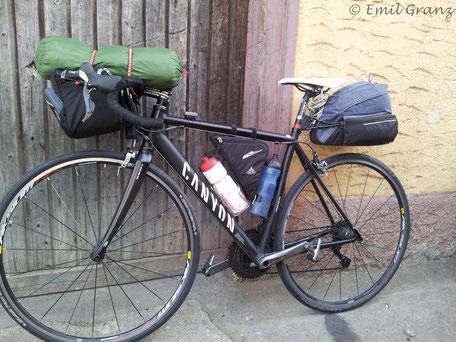 Ausrüstung Sommertour Rennrad