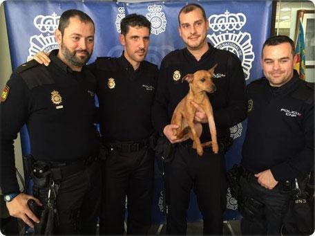 Spanische Polizisten mit Herz