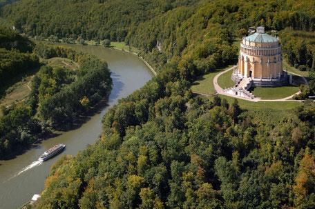 Luftaufnahme Altmühltal, Befreiungshalle, Bild: Tourismusverband Ostbayern e.V.