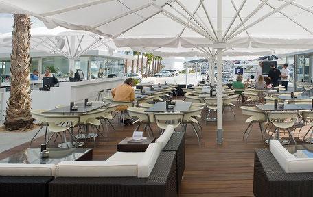 Sonnenschirme für Restaurant Hotel Büschking