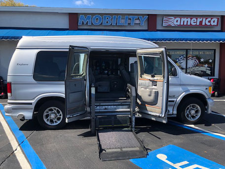 2000 Ford Wheelchair Van