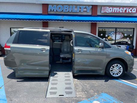 2011 Toyota Sienna Wheelchair Van