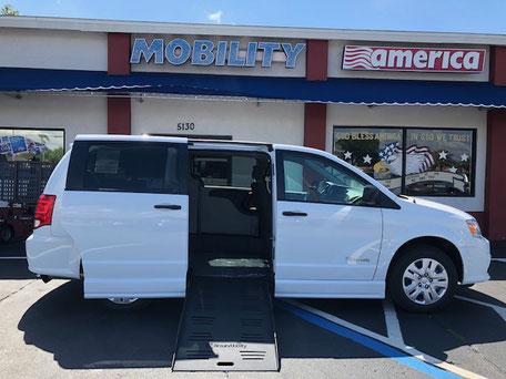 2019 Dodge Grand Caravan Wheelchair Van