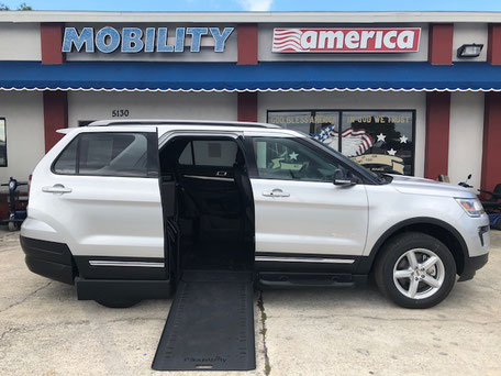 2017 ford explorer Wheelchair Van