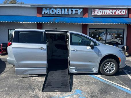 2021 Chevy Traverse Wheelchair Vans