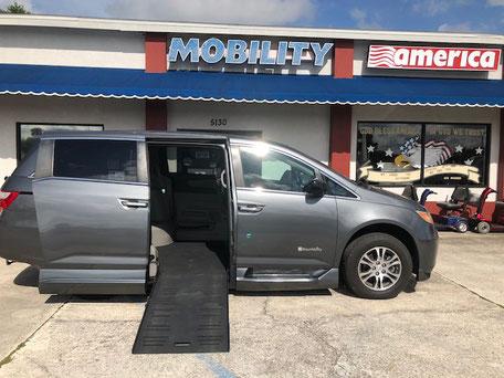 2012 Honda Odyssey Mobility Van