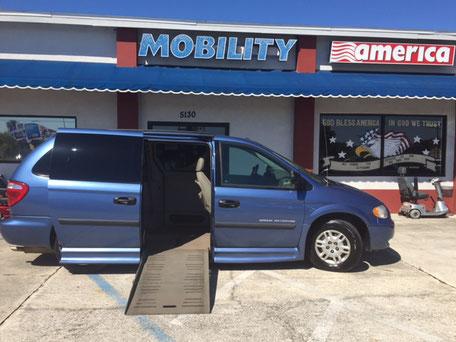 2007 Dodge Grand Caravan Wheelchair Van