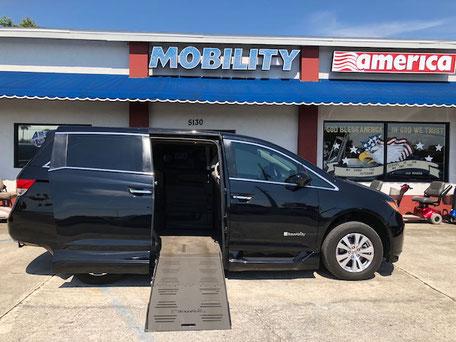2015 Honda Odyssey Mobility Van