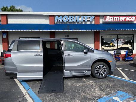 2022 Honda Odyssey Mobility Van