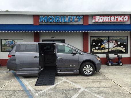 2016 Honda Odyssey Mobility Van