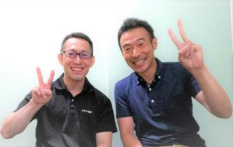 """alt=""""新宿区神楽坂のスタジオセラフィットで腰痛施術後に笑顔の男性"""""""