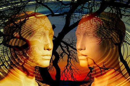 Projektion des Inneren-zwei Gesichter zueinander gewandt