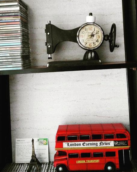 Reloj máquina de coser