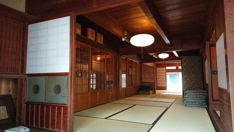 淡河宿本陣跡は江戸の雰囲気を残した風情ある座敷が人気です