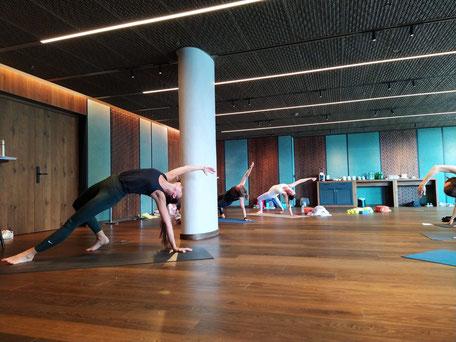 Yoga Ferien in Flims. Vinyasa Yoga, Yogalehrer-Ausbildung, Yoga Ausbildung