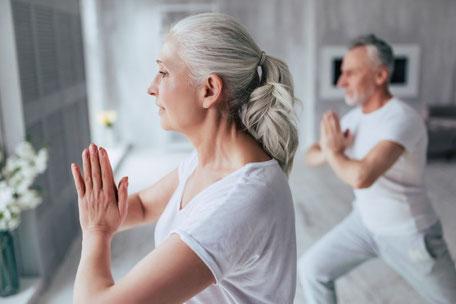Golden Age Yoga und Golden Age Teacher Trainings mit Yoga2day
