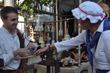Historischer Markt in Bad Essen - Aussteller - Bürstenmacher