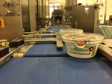 Napfkräuterfrischkäse Produktion