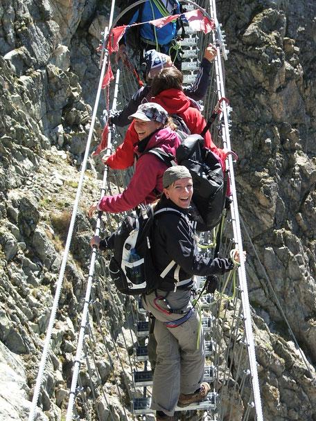 """Luftige Brücke"" in  3100 Höhen-Meter"