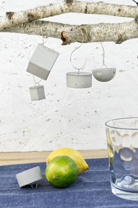 Minimal Table Decor Diy, Party Tablescape Set Up With Geometric Concrete