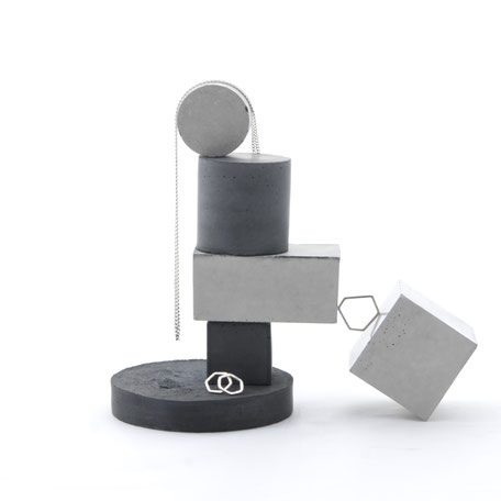 Stackable Concrete Jewellery Prop Set by PASiNGA Design