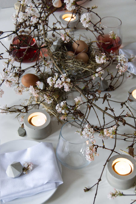 Easter Table Centrepiece With PASiNGA Concrete DIY Accents