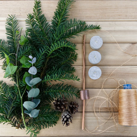 DIY Geometric Winter Wreath Tutorial Materials