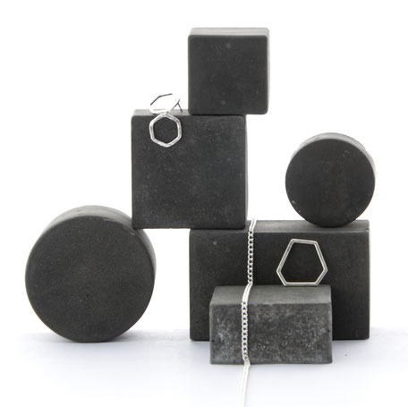 Unique Modular Geometric Concrete Jewellery Display by PASiNGA