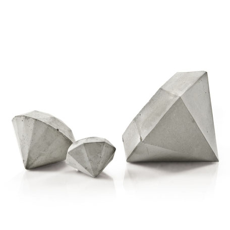 Concrete Diamond Sculpture Set of 3 by PASiNGA