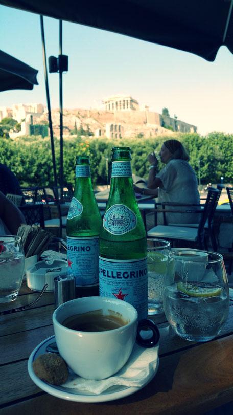 Restaurant mit Blick auf die Akropolis