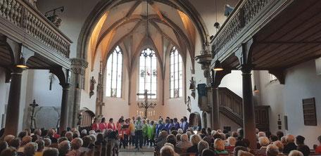 Herbstkonzert der Rainbow Singers in der St. Georgskirche Wendelstein