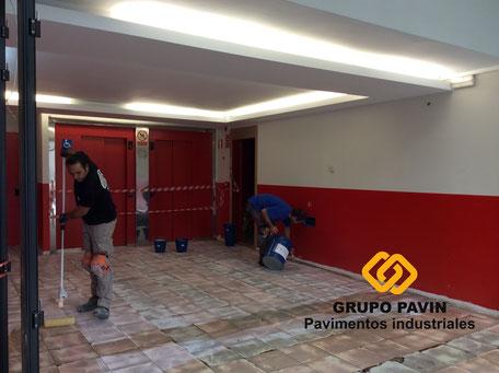 GRUPO PAVIN - Suelos y pavimentos industriales | Pavimento industrial sobre cerámica en mal estado