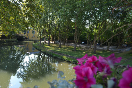 Ponton de pêche accessible tourisme et handicap, pêche dans le Sor, pêche à Soual dans le Tarn