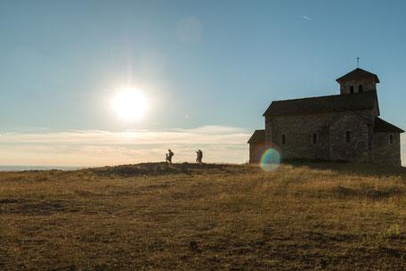 Tarn Tourisme, La chapelle de la Capelette de Dourgne sur le Désert de Saint-Ferréol, randonnée, que faire à Puylaurens, que faire à Dourgne
