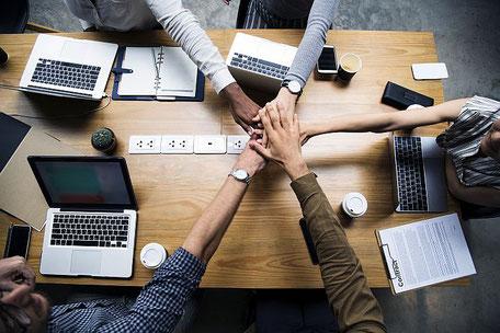 Softwareentwicklung agil, Prozessoptimierung Hand in Hand mit Kunden