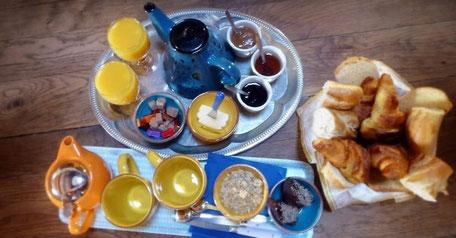 Petit déjeuner en chambre d'hôte au Gite de liou dans les Cévennes