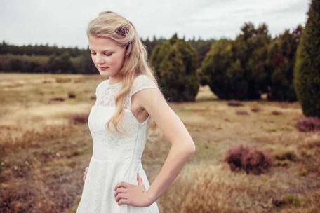 Vintage Brautkleid aus zarter Spitze