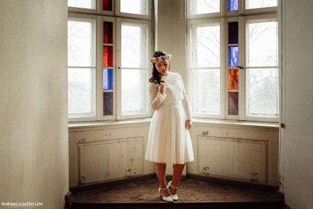 """kurzer Zweiteiler für die Braut, Tüllrock """"Nami"""" mit schlichtem Spitzentop"""