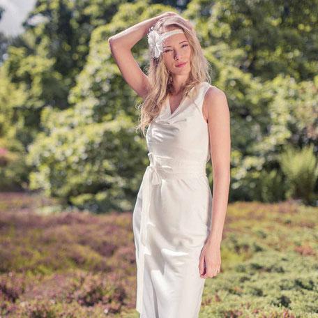 schlichtes Bio Brautkleid - fair und öko
