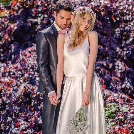 Brautkleid Zweiteiler im Boho Stil - Brauttop mit weich fallendem Satinrock