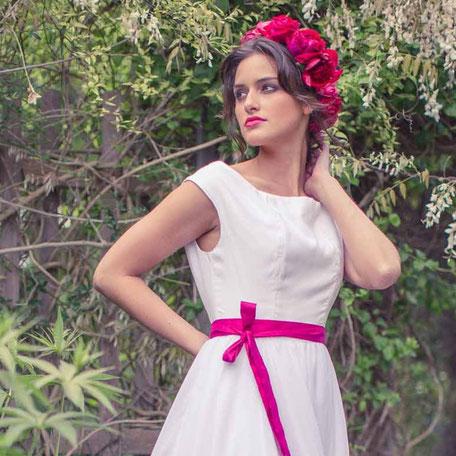 Bio Brautkleid schlicht aus Bio Baumwolle mit Chiffonrock