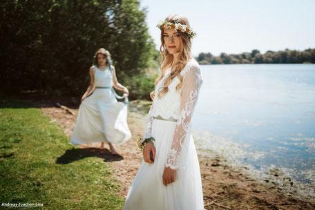 """zweiteilige Brautkleider: Spitzentop """"Ebba"""" aus zarter Baumwollspitze"""
