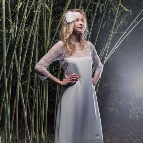 Hippie Brautkleid mit Ärmel aus Spitze