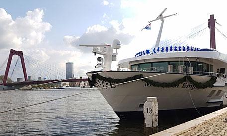 Monarch Empress bei der Taufe in Rotterdam