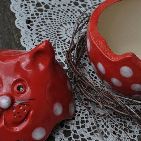 Dose aus Keramik - Katze