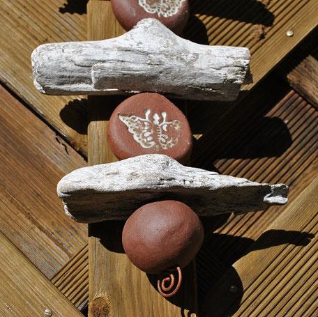 Dekokette Keramik und Treibholz